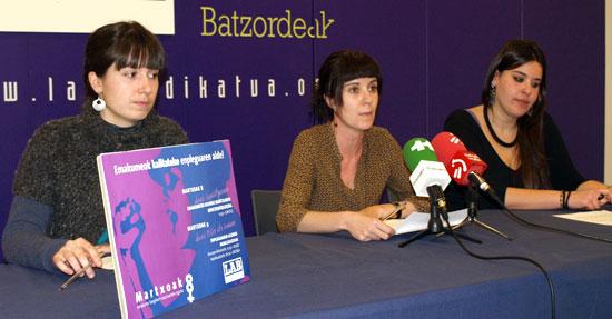 Iduzki Soubelet, Ipar Euskal Herriko emakume idazkaria, Izaskun García, Zeharlerroetako idazkaria eta Zaloa Ibeas, Emakume idazkaria